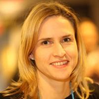 julia_hitzbleck